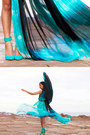 Blue-just-cavalli-dress-aquamarine-siren-for-jennifer-hawkins-heels