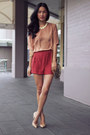 White-gary-pepper-vintage-bag-salmon-secret-squirrel-shorts