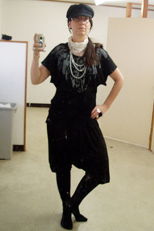 black old collection Zara pants - black The Daiso hat
