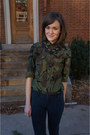 Army-green-camo-j-crew-top-navy-j-crew-necklace