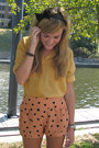 Light-orange-polka-dot-motel-shorts-black-wal-mart-flats