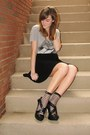 Heather-gray-revolve-clothing-shirt-black-stance-socks-socks