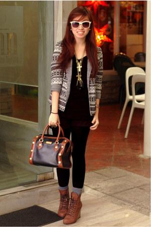 charcoal gray blazer - black sweater - black shorts - gold necklace - bag - bric