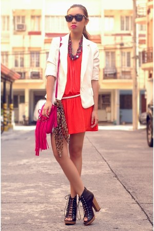 red dress - white zara blazer - hot pink fringe bag - black parisian heels - ruc