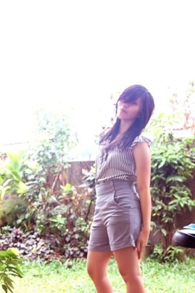 shorts - blouse