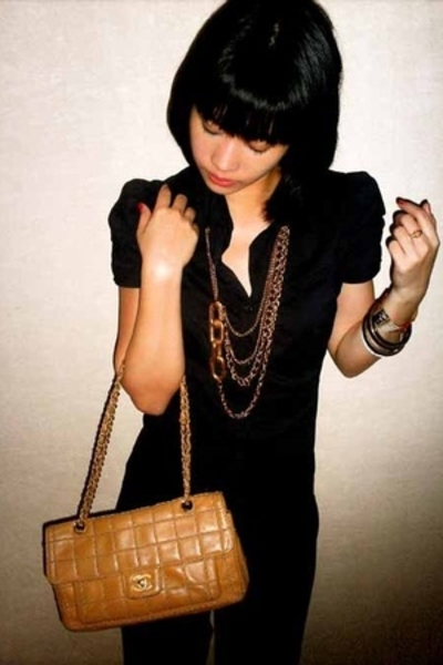 Teranova suit - Chanel purse - Dolce Vita shoes - 2Tarts accessories