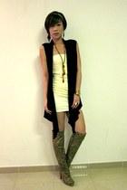 off white Topshop dress - black Details vest - tawny AC632 necklace - camel Ami