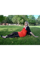 orange Kelso shirt - black fashion express leggings - black Insync sweater