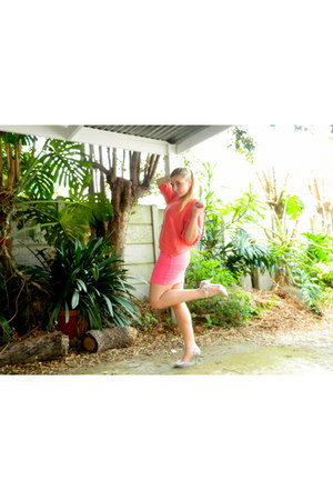 orange sweater - hot pink skirt - silver heels