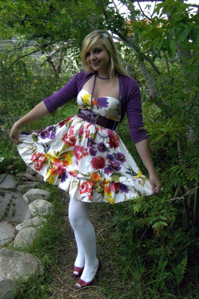 Insync dress - Legit top - Bibi shoes