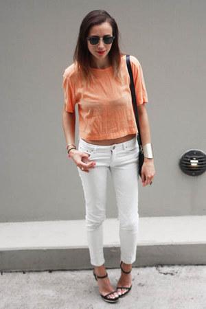 light orange Bassike top - white white denim Zara jeans