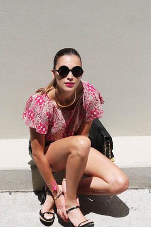 hot pink Marc Jacobs top - black leather bag Nina Maya bag