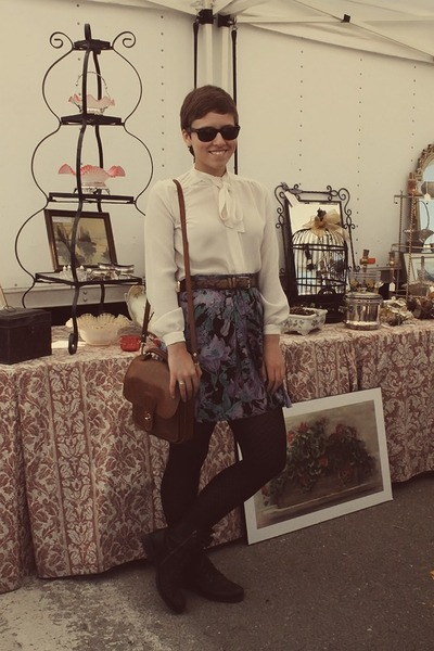 Goodwill skirt - Marshalls boots - Vintage Thrifted purse - Goodwill blouse