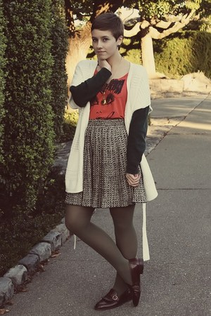 thrifted skirt - thriftedq shoes - Zara shirt - vintage cardigan
