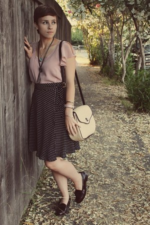 Goodwill blouse - Goodwill skirt