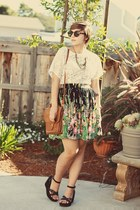 vintage top - thrifted purse - H&amp;M sunglasses - thrifted wedges - OASAP necklace