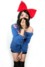 Black-levis-shorts-red-bow-headband-diy-accessories