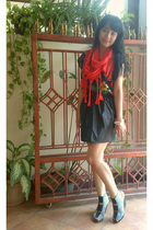 black top - orange cottonink scarf - black Re Shoppe skirt - blue belle shoes -