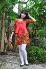 Red-dress-orange-cotton-ink-scarf-white-stockings-brown-shoes