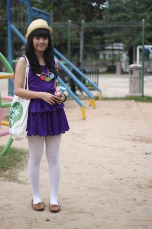 purple dress - white tights - brown shoes - white accessories - blue accessories