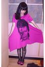 Pink-shirt-black-tights-pink-vincci-shoes