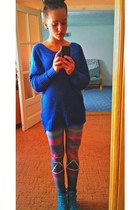 navy romwe leggings - blue noname blouse - teal Deichmann sneakers