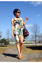 green Poleci dress - black Yves Saint Laurent sunglasses - beige Miss Me shoes -