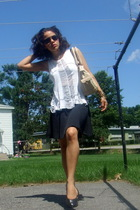 Hanes t-shirt - vintage skirt - Armani Exchange sunglasses - Marino Orlandi purs