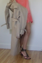 Beige Trench Coat Burberry Jackets Black Sam Edelman Shoes