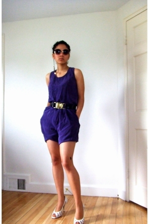 Betsey Johnson sunglasses - dress barn top - dress barn shorts - Michael Kors be