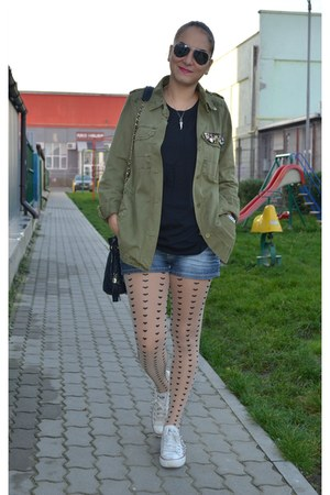 Zara jacket - H&M tights - Chanel bag - Converse sneakers - Zara t-shirt