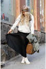 Tawny-rocco-alexander-wang-bag-silver-gina-tricot-jumper-black-volcom-skirt
