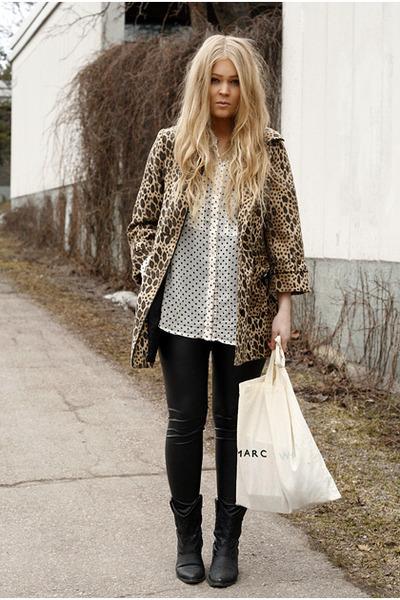 light brown leopard print H&M coat - black cowboy Forever 21 boots