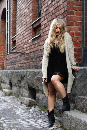black crochet emmaoclothingse dress - black cowboy Forever 21 boots