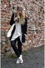 Black-h-m-coat-white-monki-sweater-black-faux-leather-gina-tricot-leggings