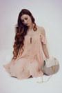 Light-pink-shein-dress-beige-shein-bag