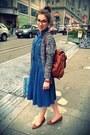 Sky-blue-levis-dress-tawny-juicy-couture-bag-burnt-orange-sam-edelman-flats