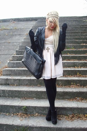 hippie H&M dress - fringed H&M jacket - big vintage bag - big Topshop wedges