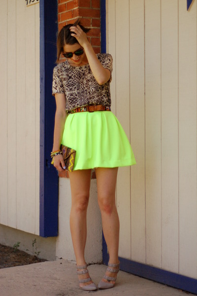yellow Honey Punch skirt - off white Forever 21 shirt