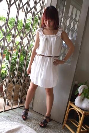 dress - Forever21 belt - GoJane shoes