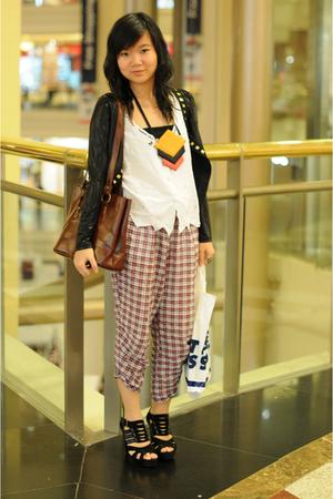 black cardigan - white - brown - black - Zara pants - Nefertiti necklace