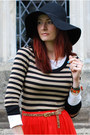 Light-brown-ff-dress-black-ff-hat-white-ff-top-red-river-island-skirt