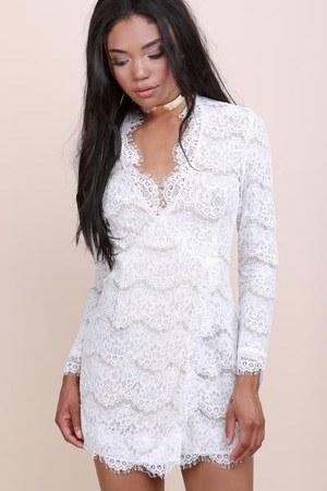 lace shop notice dress