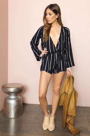 SHOP NOTICE MAG romper