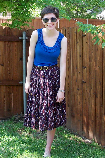 dark brown skirt - blue blouse