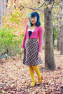 Mustard-tights-brown-marc-by-marc-jacobs-bag-off-white-vintage-skirt-navy-