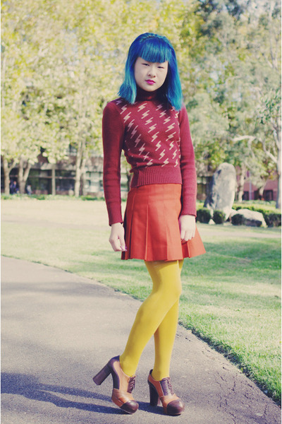 burnt orange vintage skirt - crimson vintage sweater - mustard tights