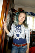 blue Arizona t-shirt - blue Arizona shirt - blue American Eagle jeans - brown be