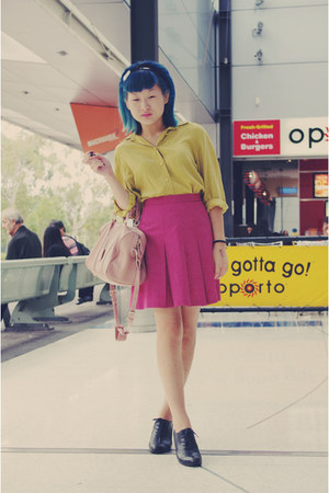 yellow vintage shirt - light pink bag - black oxford Alchemy heels - hot pink vi