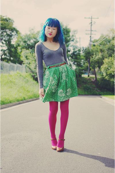magenta Barkins tights - gray cotton on top - green thrifted milk & honey skirt